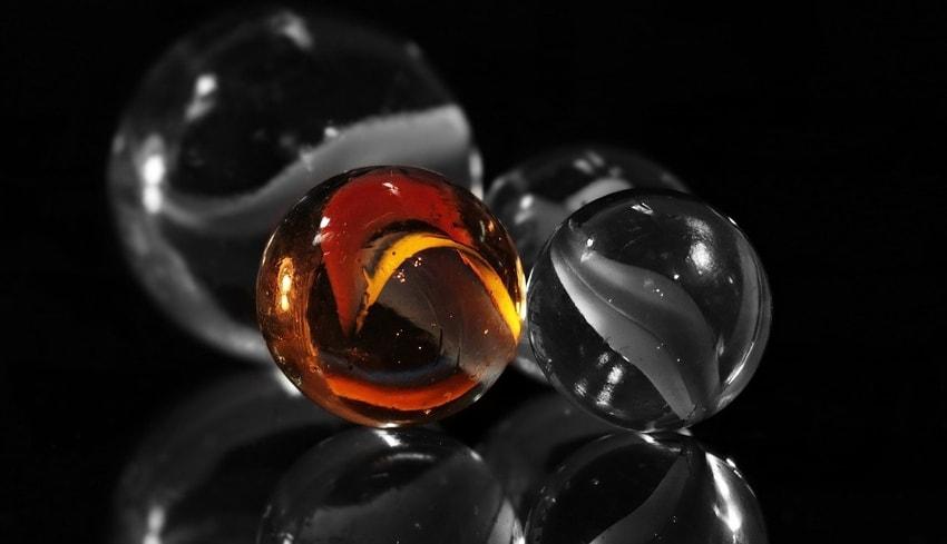 macro glass balls